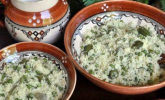 «Масфуф» с зелёным горошком и стручковой фасолью