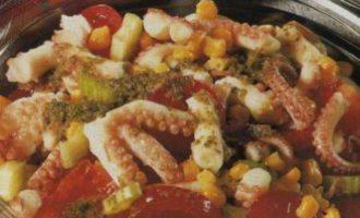 Салат из консервированного осьминога с джонджоли