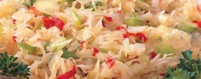 Салат из квашеной капусты и перца