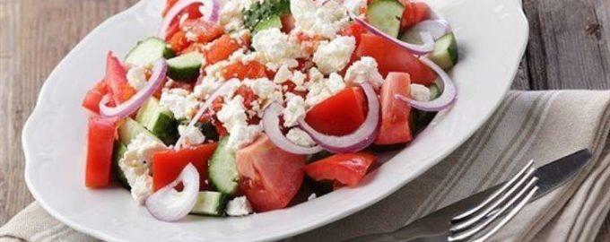 Овощной салат с брынзой