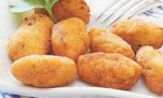 Картофельные биточки по-алжирски