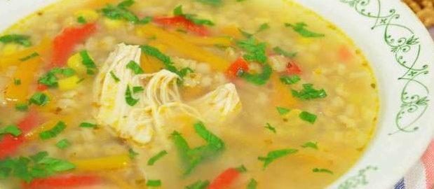 Куриный суп с болгарским перцем и кукурузой