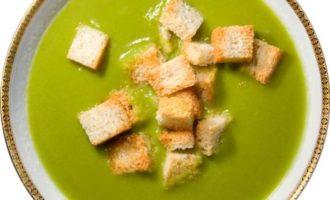 Французский суп из зелёного горошка