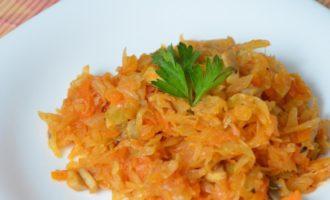 Капуста кольраби с морковью
