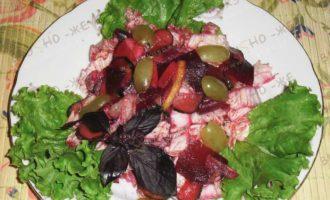 Салат с пекинской капустой — рецепт со свёклой