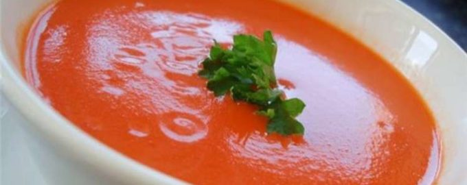 Крем-суп из яблок и томатов