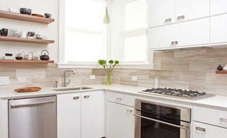 Нужен ли телевизор на кухне?